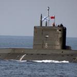 """Пресловутая российская подводная лодка """"Варшавянка"""" оказалась  чуть круче корыта"""