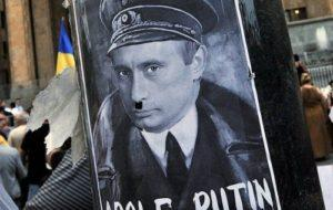 Путин - жалкий подражатель Гитлера. Сходство некоторых деталей поразительно