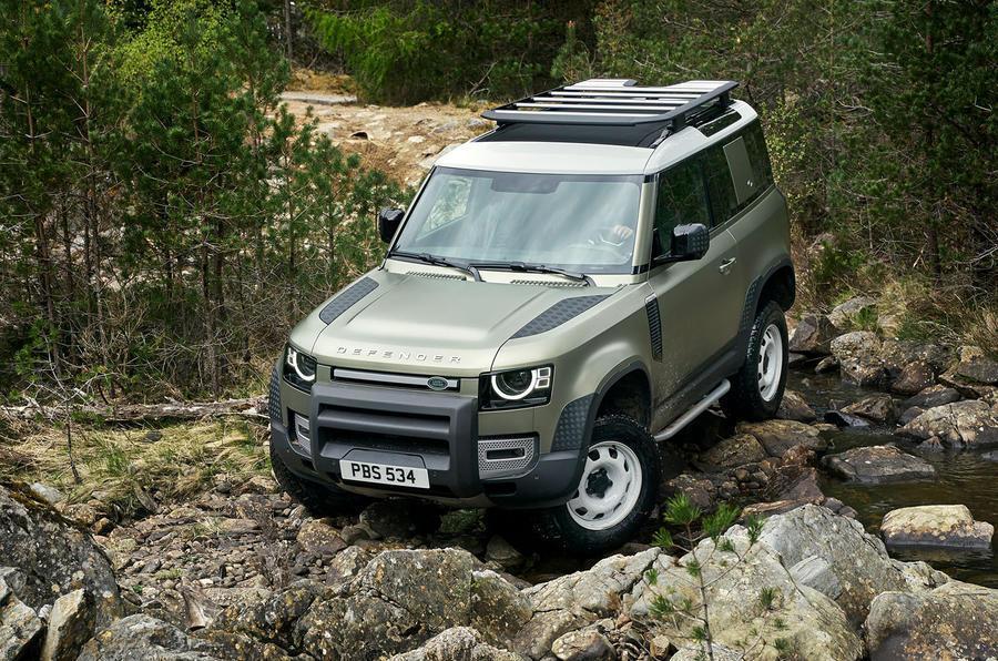 Land Rover разрабатывает технологию дистанционного управления для Defender