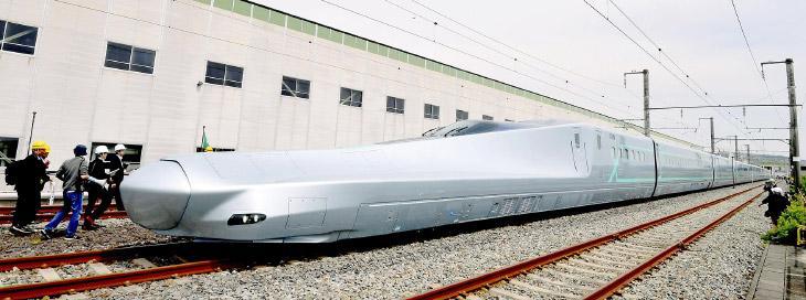 В Японии начнут эксплуатировать пассажирские поезда со скоростью 400 километров в час