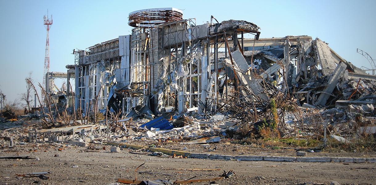 Аэропорт Луганска уничтожили тактическими ракетами с территории России, – расследование