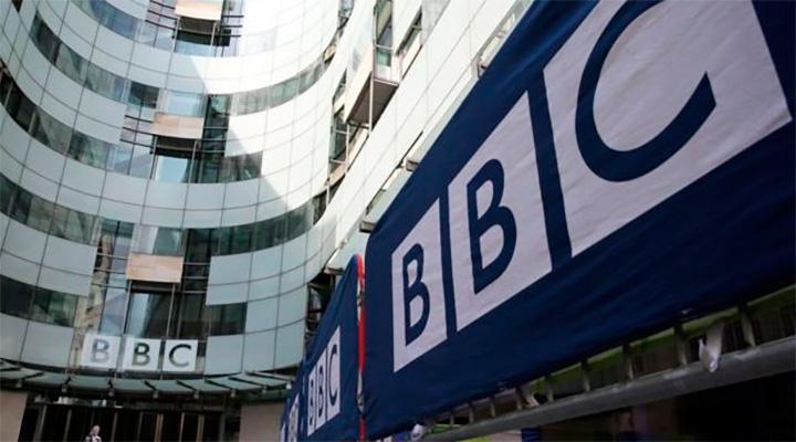 Экс-сотрудник Би-би-си обвинил компанию в сокрытии связей британских политиков с Россией