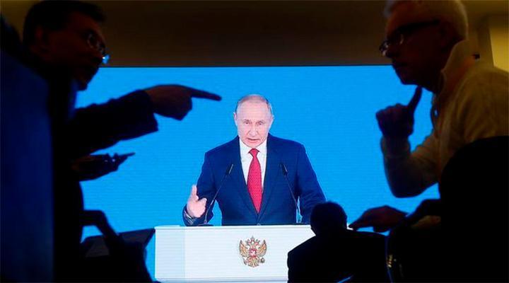 Путин начнет наступление на Украину, Беларусь и страны Балтии